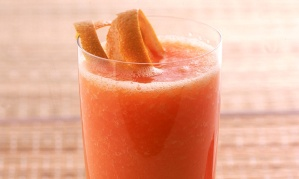 receita-suco-papaia-laranja