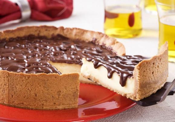 receita-torta-baunilha-calda-chocolate