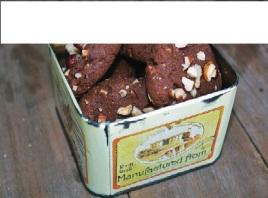 cookies-de-chocolate-em-lata-retro-cc_online2_HKD06RJ