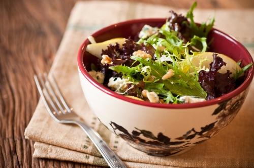 salada-verde-pera-nozes-molho-mostarda-mel-2