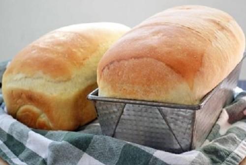 Pão-caseiro-fofinho-para-um-café-da-manhã-sempre-caprichado