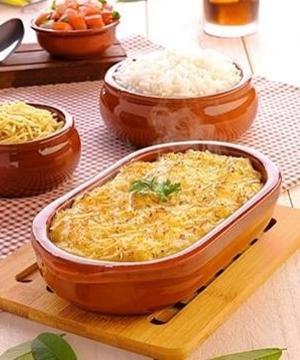 lasanha-tres-queijos-360-px-1596202223740_v2_300x360