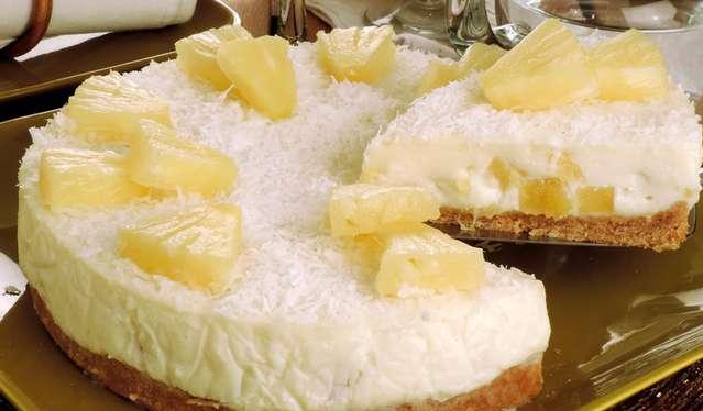 509945961-torta-abacaxi-ricota-coco
